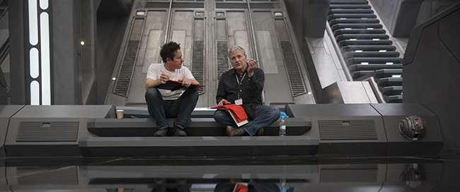 Star Wars: The Force Awakens..L to R: Director/Producer/Screenwriter J.J. Abrams and Screenwriter Lawrence Kasdan on set. Ph: Film Frame. © 2015  Lucasfilm Ltd. & TM. All Right Reserved.