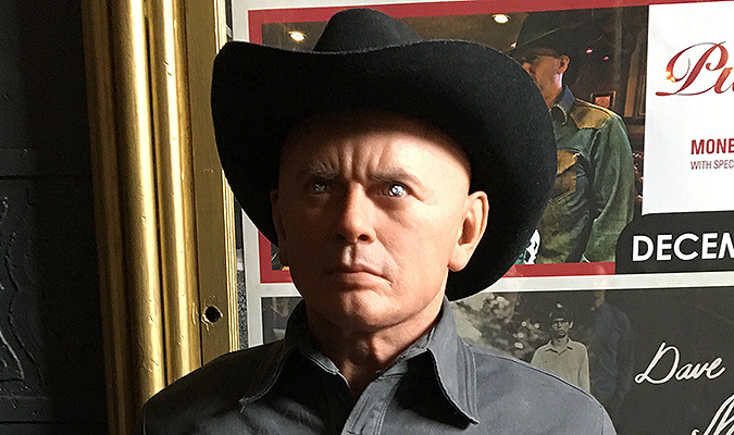 The face of the Gunslinger figure is an excellently detailed recreation of Yul Brynner's character, as created by Nick Marra and on display at the Creature Features WESTWORLD screening in November 2015.