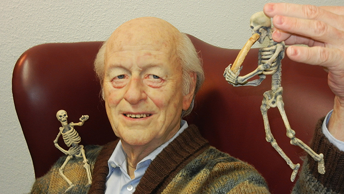 Mike Hill's sculpture tribute to Ray Harryhausen, displayed at Creature Features, Burbank, CA. Photo © Scott Weitz