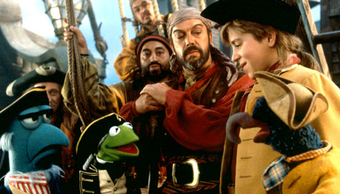 A scene from MUPPET TREASURE ISLAND, co-written by Kirk Thatcher and starring Tim Curry as Long John Silver.