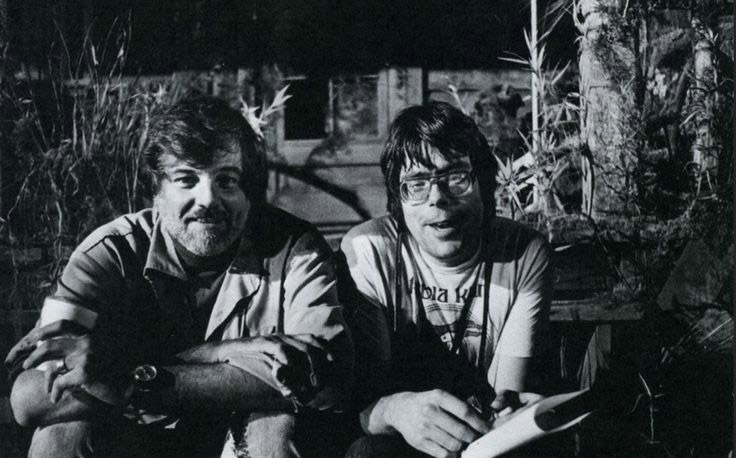 Director George A. Romero and writer/actor Stephen King on the set of CREEPSHOW.