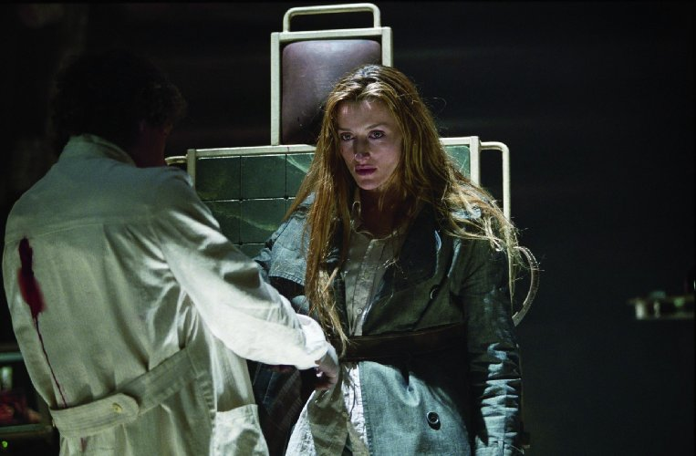 A scene from FEARDOTCOM starring Stephen Rea and Natascha McElhone, directed by William Malone.