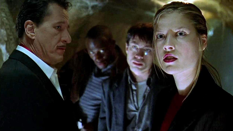 (L to R) Geoffrey Rush, Taye Diggs, Chris Kattan and Bridget Wilson-Sampras in director William Malone's  HOUSE ON HAUNTED HILL (1999).